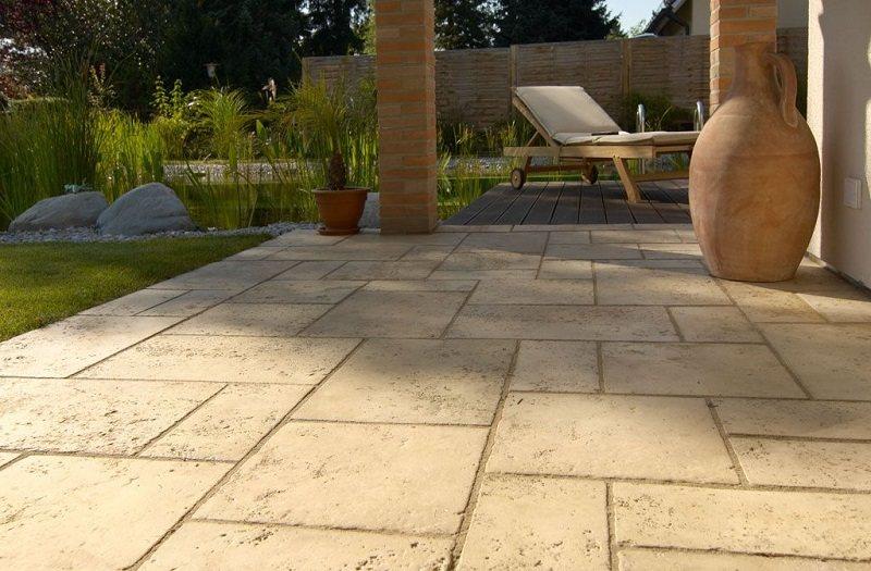 Dalle terrasse pierre beige